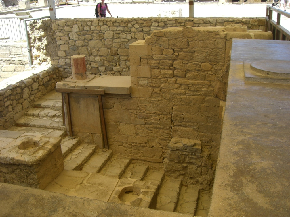 Elegant broad and shallow steps indicate thought given to architectural design, fitting for the leader of the Minoans.